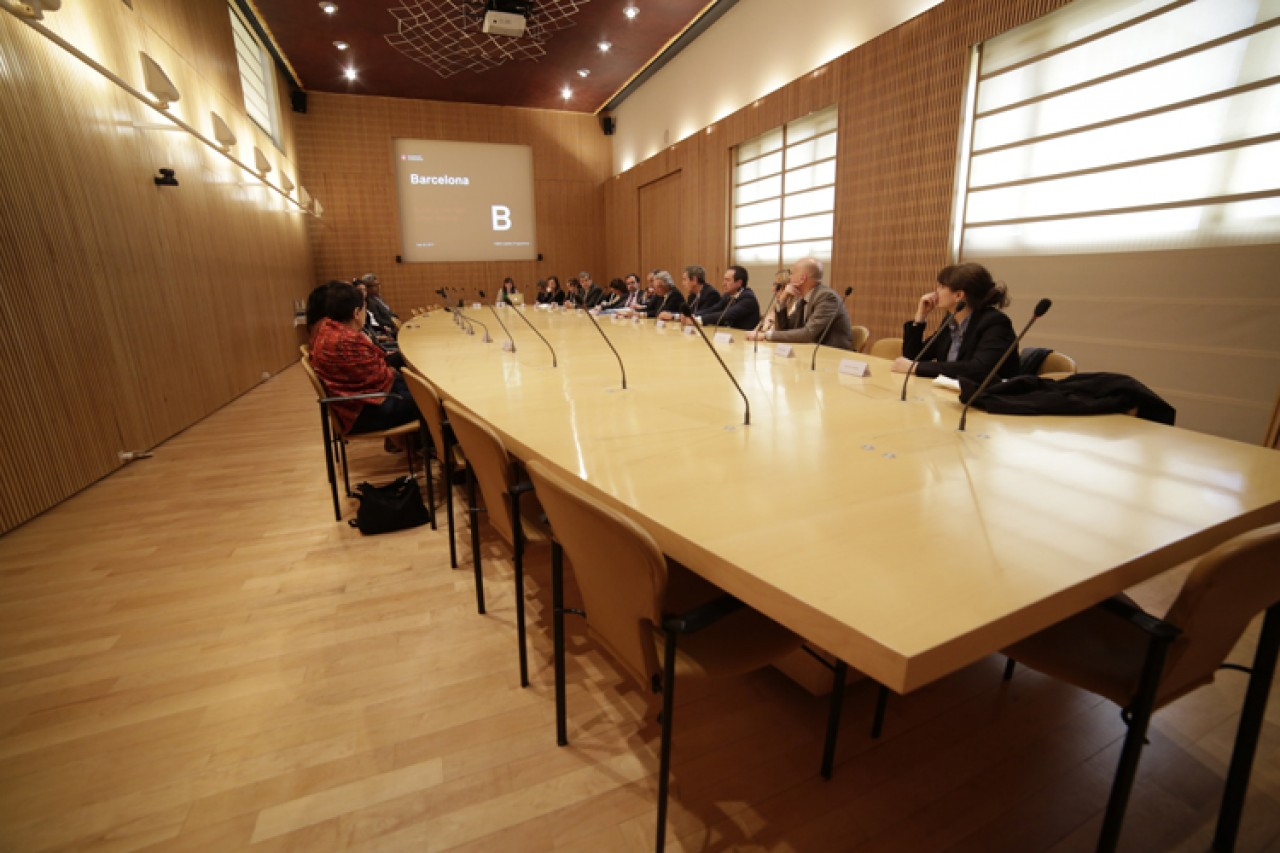 Mayor of Barcelona exposed the challenges of the city to the leaders