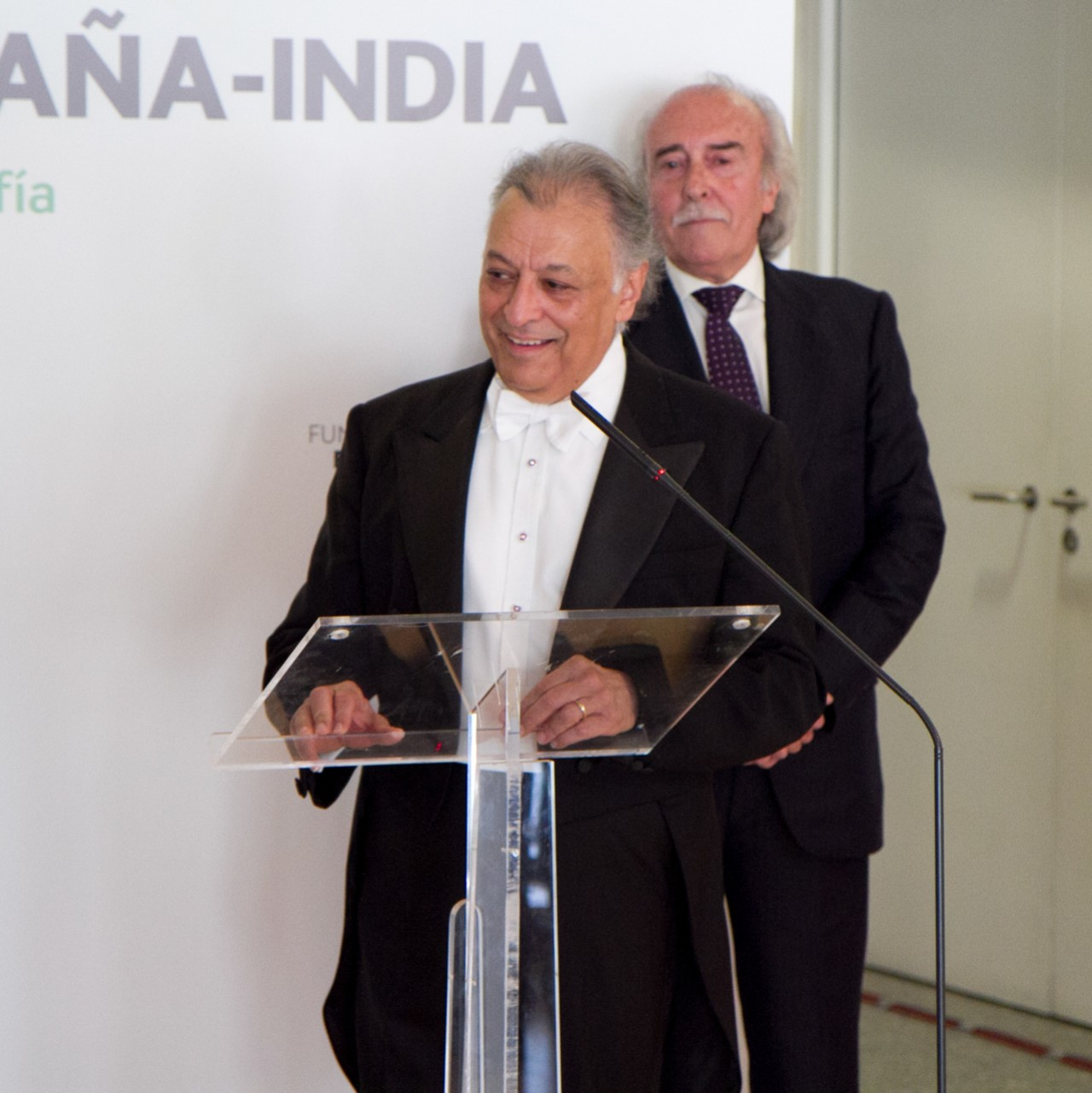 Zubin Mehta, moved by the 1st SICF Award