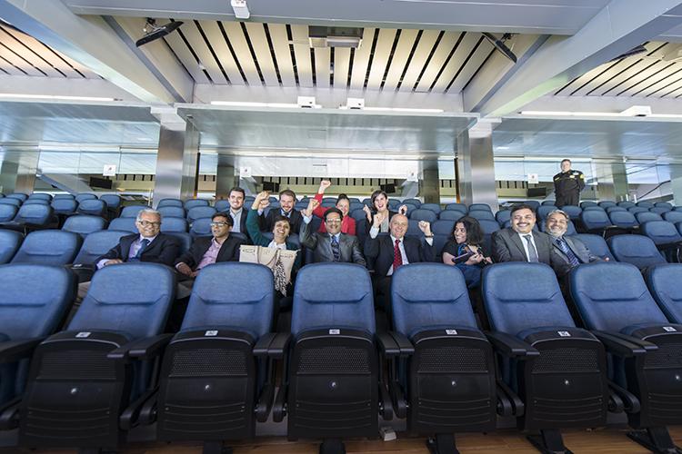 Visita al estadio santiago bernab u fundaci n consejo - Palco santiago bernabeu ...